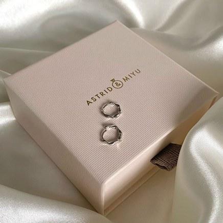 Astrid-&-Miyu